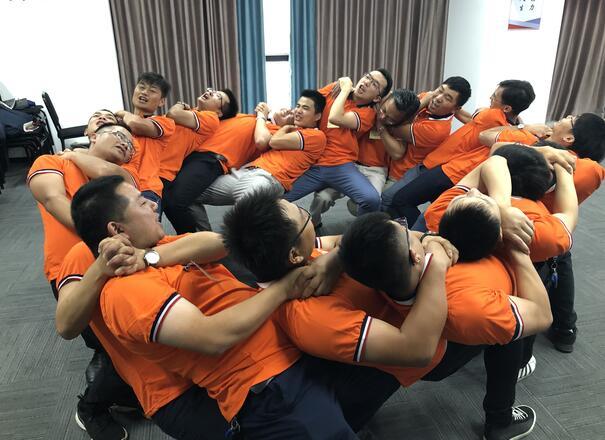 企业亚博竞猜-湖南中坚力量基于高效团队打造.jpg